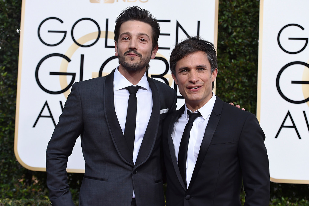 . Diego Luna, left, and Gael Garcia Bernal arrive at the 74th annual Golden Globe Awards at the Beverly Hilton Hotel on Sunday, Jan. 8, 2017, in Beverly Hills, Calif. (Photo by Jordan Strauss/Invision/AP)
