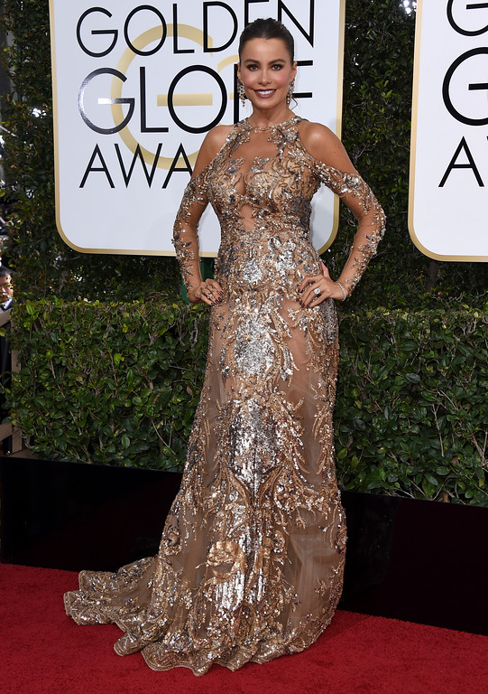 . Sofia Vergara arrives at the 74th annual Golden Globe Awards at the Beverly Hilton Hotel on Sunday, Jan. 8, 2017, in Beverly Hills, Calif. (Photo by Jordan Strauss/Invision/AP)