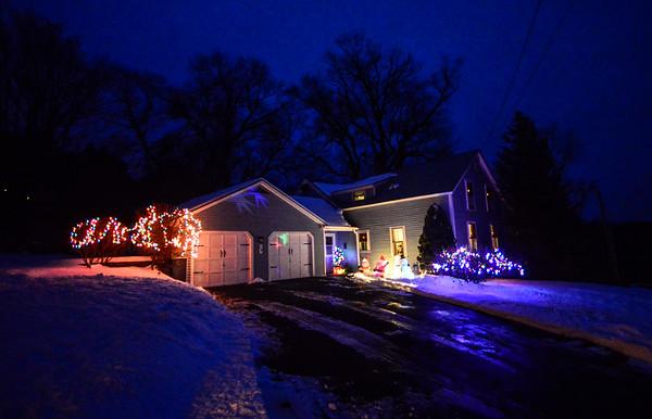 Local lighting display - 121316
