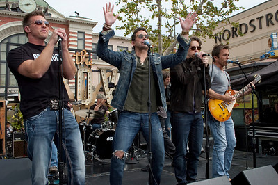 PortChuck_040711_1048w The Port Chuck Band performs live at The Grove outdoor mall as part of EXTRA! television show. ABC TV's daytime soap General Hospital actors l-r Steve Burton, Brandon Barash, Bradford Anderson and Scott Reeves perform as the band Port Chuck named after the fictional city Port Charles in which the show General Hospital is based. (Photo credit mandatory ©Laurie Paladino2011)  Photo ©Laurie Paladino 2011.  All rights reserved. No usage of any kind, including fan websites, without express written permission from and compensation to www.lauriepaladinophotography.com