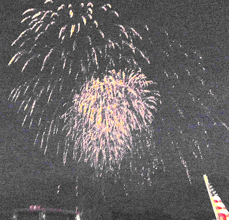 Diane Raver | The Herald-Tribune<br /> There were many oohs and aahs when the fireworks went off.