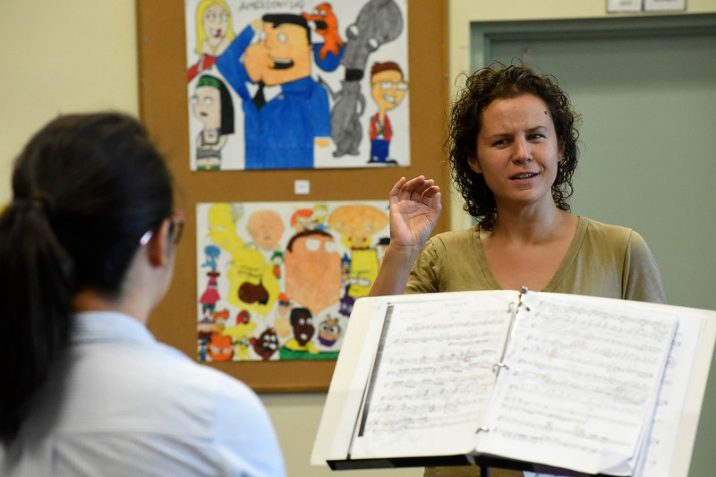 Kayla Rice/Reformer<br /> Yellow Barn Young Artists Program faculty member Jennifer Curtis works with violinist Chelsea Kim at Greenwood School in Putney on June 20th.