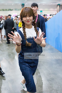 "Mimi of the South Korean girl group ""Oh My Girl"""
