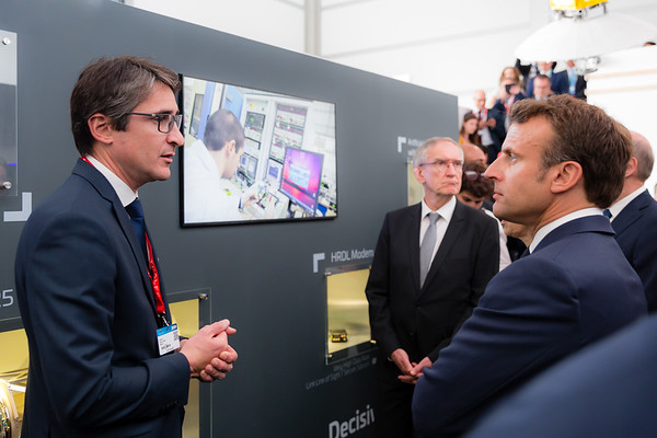 Paris Air Show, 17-20  June 2019. Emmanuel Macron, French President visiting Thales stand.  Photographic cover for the Thales company.  © 2019  Alexandre - LIGHT EX MACHINA , all rights reserved.