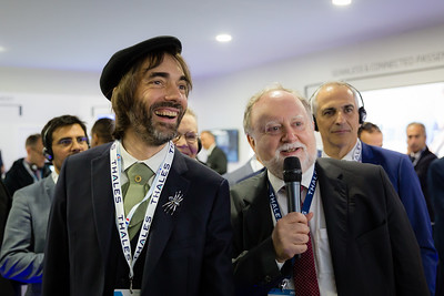Paris Air Show, 17-20 June 2019. Cédric Villani visiting Thales stand.  Photographic cover for the Thales company.  © 2019  Alexandre - LIGHT EX MACHINA , all rights reserved.