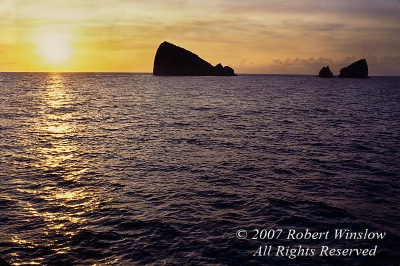 Sunrise, Gordon Rocks, Galapagos Islands, Galapagos National Park,  Ecuador, South America