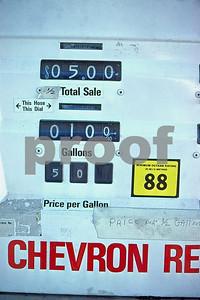 Gasoline Oct  1979 22 02 022