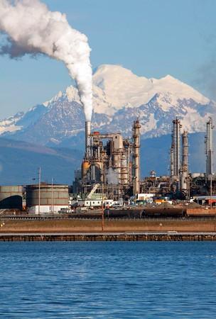 Baker, oil refinery 0309