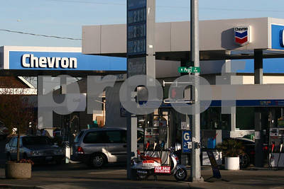 Chevron gas 9663