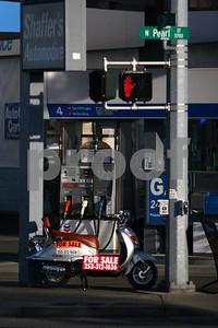 Chevron & scooter 9660