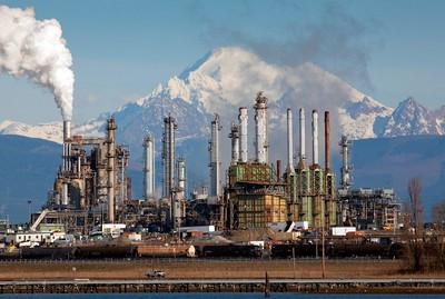 Baker, oil refinery 0298