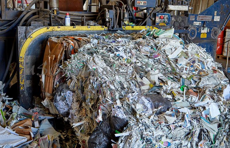 Paper refuse scrap rubbish recycling bailing machine