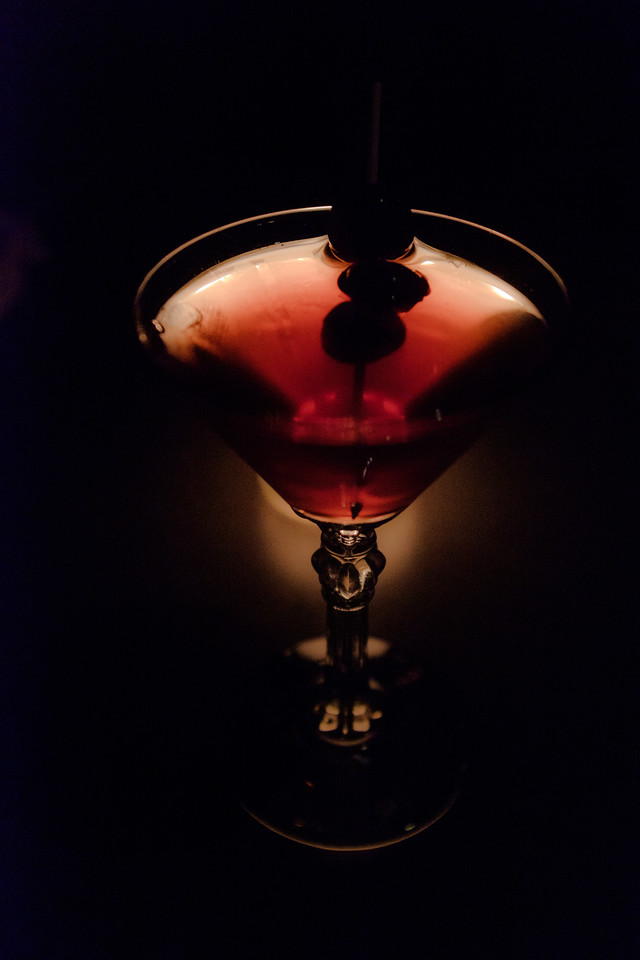 Cocktail in the dark