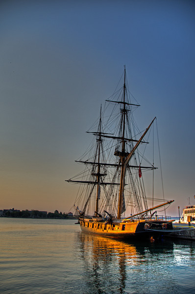 Tall ship Niagara, in Kingston Harbour. 29 June 2012.