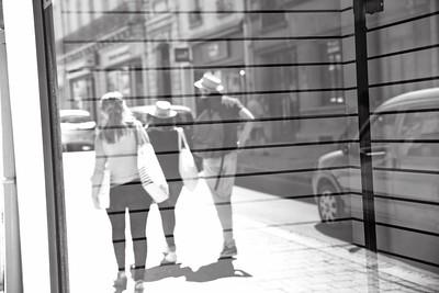 La rue en vitrine