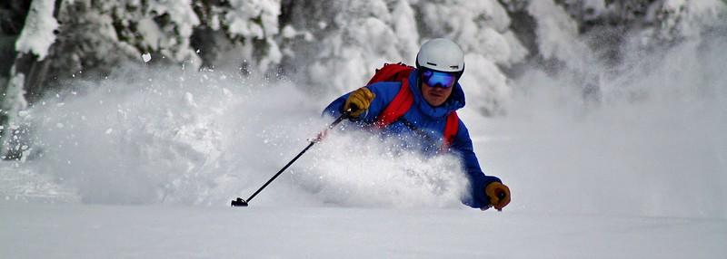 powder-ski-touring1.jpg