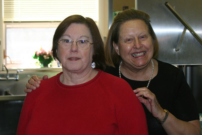 Marcy & Linda have fun in the kitchen