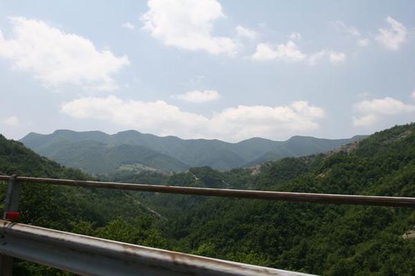 The mountain passes on the way to Gubbio
