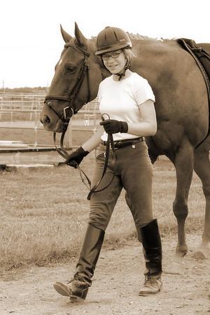 Nicole rides Aussie (Sep 2005)