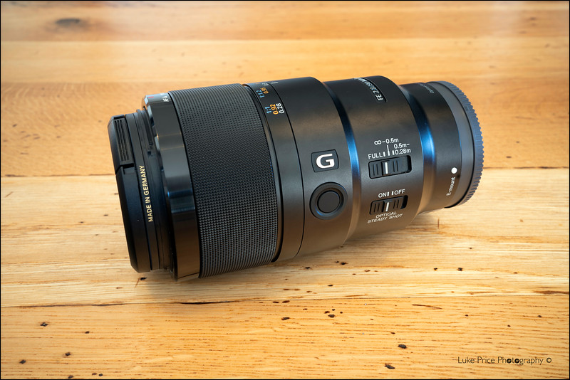 Sony 90mm f2.8 Macro G