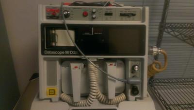 Early 1980's - Datascope M/D3A EKG Monitor/Defibrillator