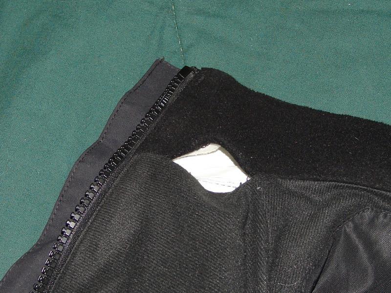 Tomahawk jacket - hole in inside collar