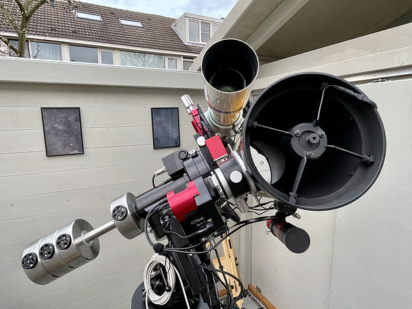 Telescope rig in observatory