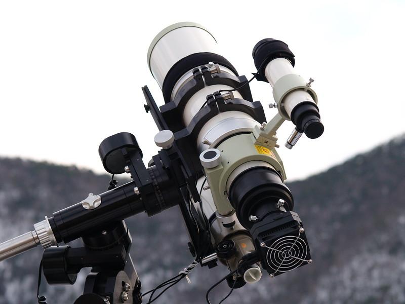 Takahashi FSQ-106ED on Losmandy GM-8, QHY8 CCD camera