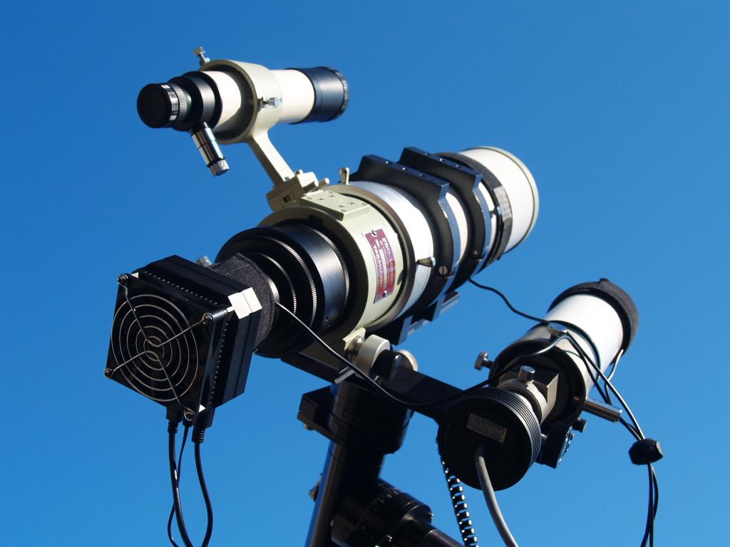 Takahashi FSQ-106ED, QHY8 CCD camera