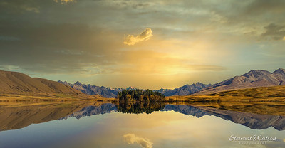 Sunset reflection on Lake Clearwater