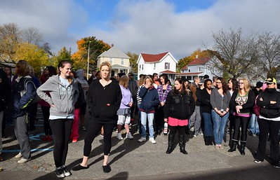 The crowd, including women from the the Grace Centers of Hope William A. Davis Women and Children's Center, await Eric Trump, son of Republican presidential candidate Donald Trump, in the center's parking lot on Friday, Nov. 4, 2016.