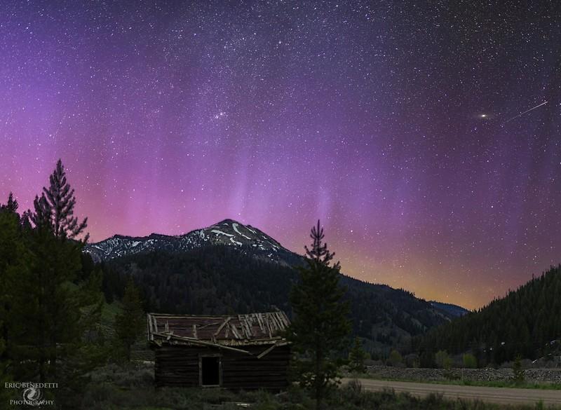 Memorial Weekend Aurora and Meteor