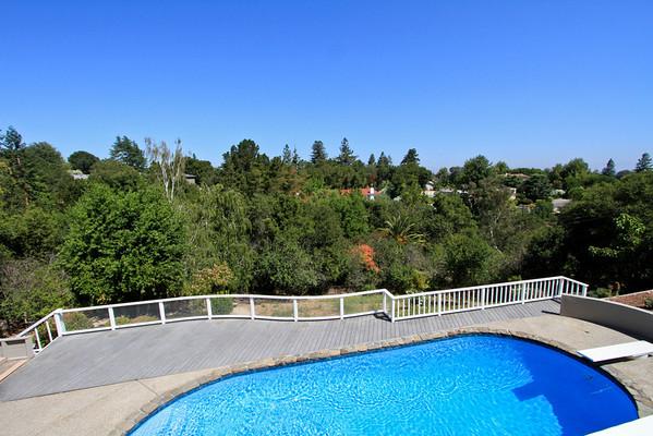 11559 Hillpark Lane, Los Altos