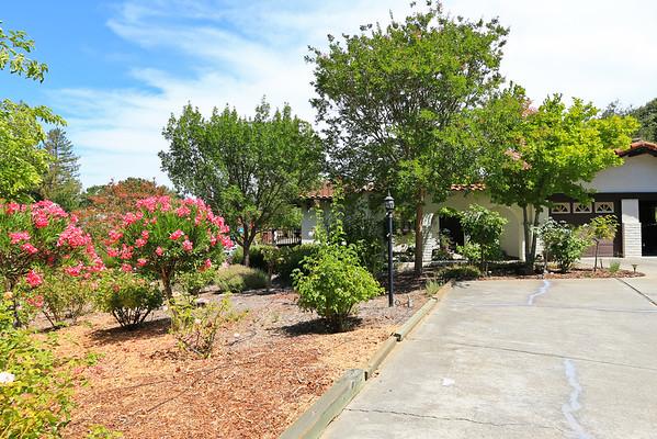 24490 Amigos Court, Los Altos Hills