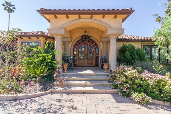 27011 Dezahara Way Los Altos Hills, CA