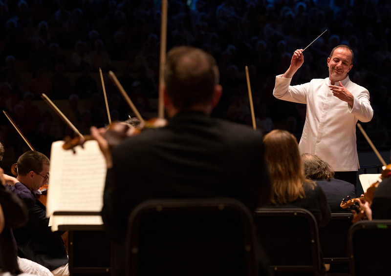 Rossen Milanov conducts the CSO during a joint performance with the Columbus Symphony Chorus on Saturday, July 1, 2017. ERIN CLARK / STAFF PHOTOGRAPHER