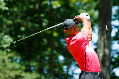 2-8-2015 PGA Tour 2015, Quicken Loans National, Robert Trent Jones GC, Gainesville, VA, USA. 30 Jul - 02 Aug. Tiger  Woods of United States drives the ball during the final round.