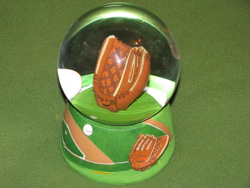 Nolan - Baseball Glove Globe