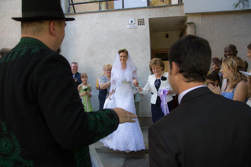 Az igazi menyasszony is jött
