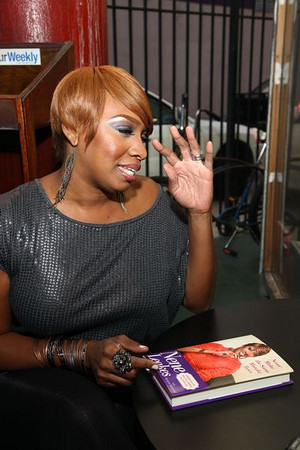 NeNe Leakes Book Signing at Eso Won Bookstore