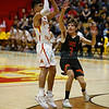 The first quarter of the Española Valley High School vs Toas High School boys basketball game at Española on March 1, 2019. Luis Sánchez Saturno/The New Mexican