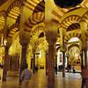 Interior da Mesquita-Catedral de Córdoba