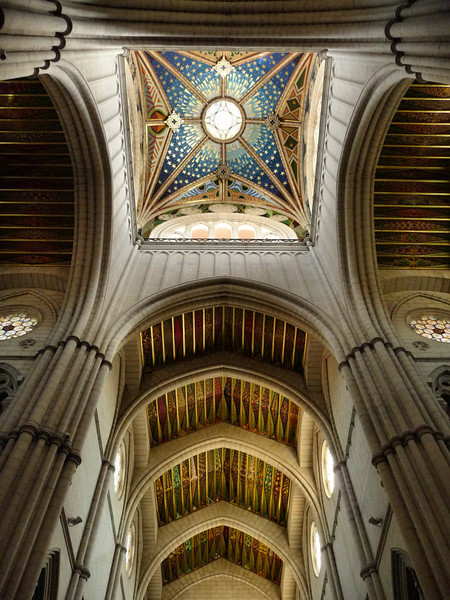 Interior da Catedral de la Almudena