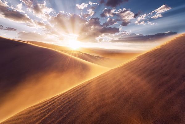 USA, Amerika, Death, Valley, Eureka, Dunes, Sand, Dünen, Sonnenuntergang, Wind, Stimmung, dramatisch, rot, orange, gelb, Farben, Gegenlicht, Wolken, Wüste, warm, Stefan, Hefele, Fotografie, D800E, Landschaft, Panorama, weich, Berührung