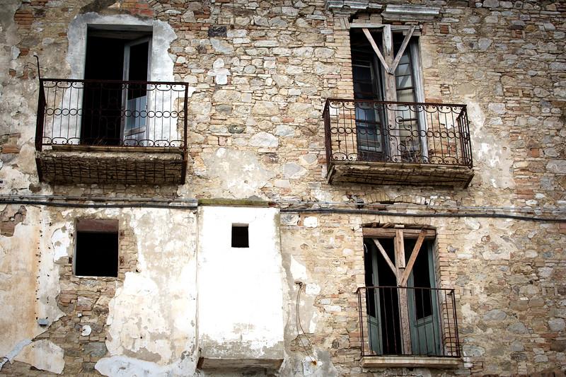 Open Doors, Craco