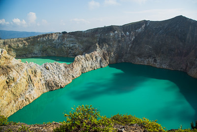 Kelimutu Twin Lake