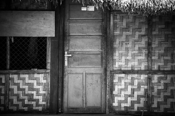 483 Entrance to simplicity