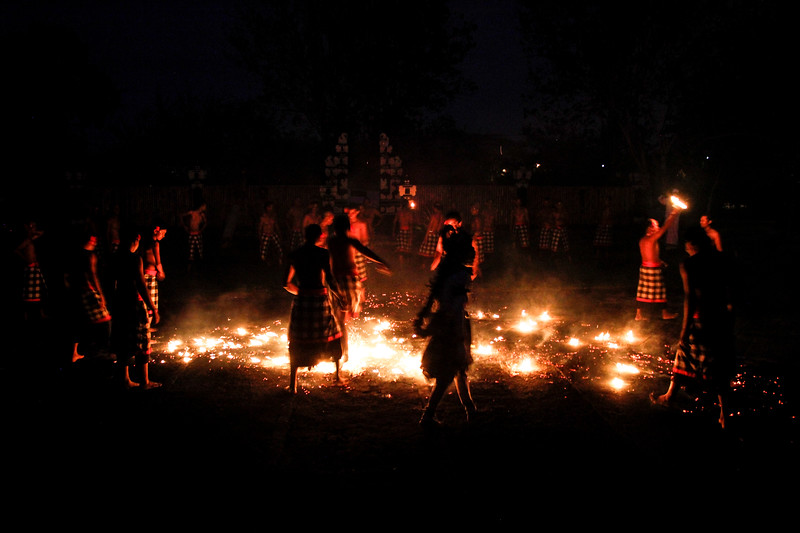 Fire Dance, Bali