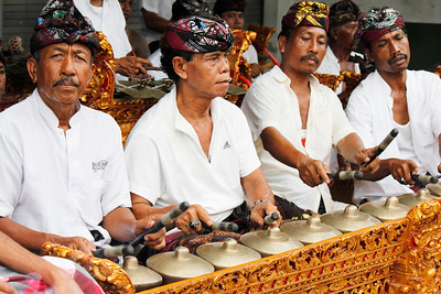 Gamelan Men, Bali