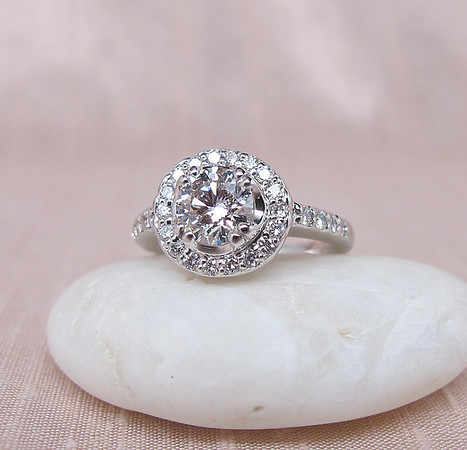 .90ct Round Brilliant Diamond Halo Ring GIA F VVS2